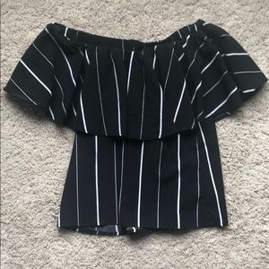 Black/white stripe off-the-shoulder flowy top
